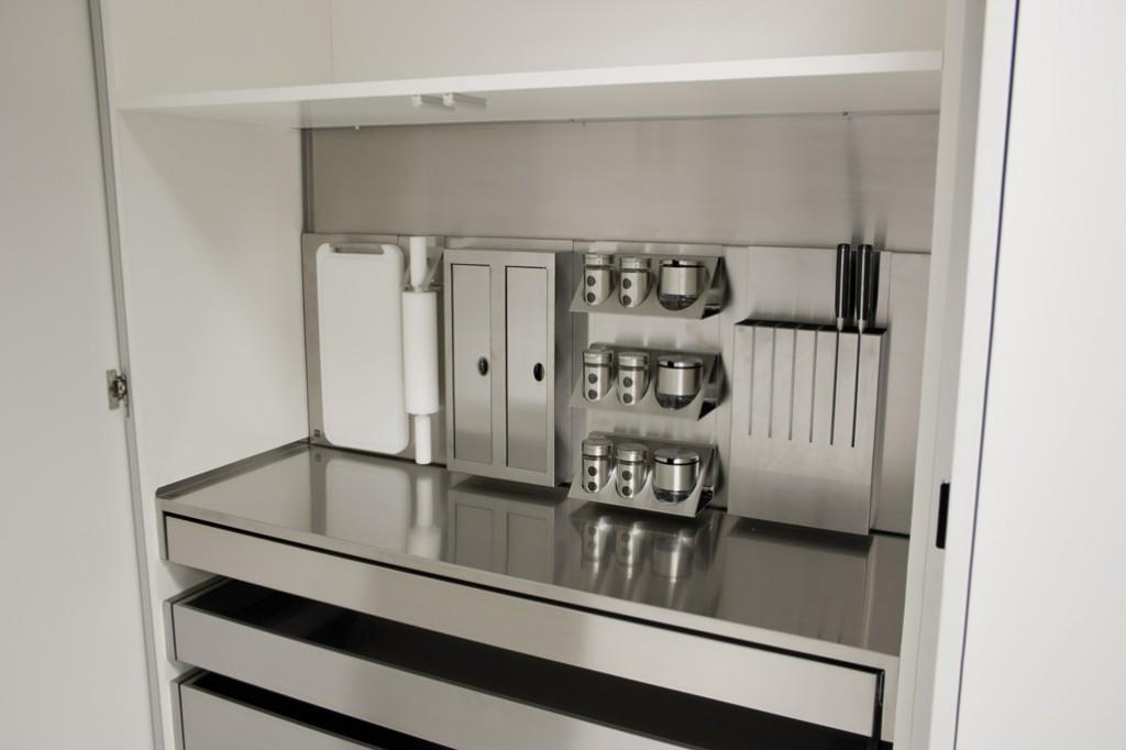 Cooking show la cucina si trasforma nel set di uno for Cucina accessori