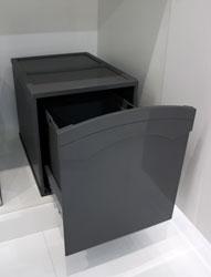 Pattumiere OVER Sink-door